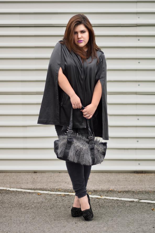 Outfit: Paint it Black