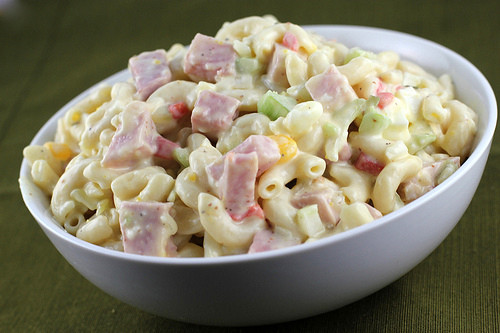 Macaroni Salad with ham