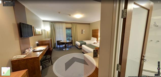 Quality Hotel Dickson Tradies