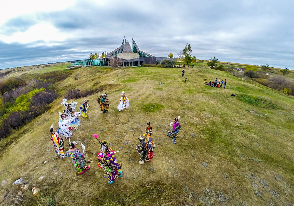 Indianer First Nations Ureinwohner Saskatoon Prärie Wanuskewin Heritage Park