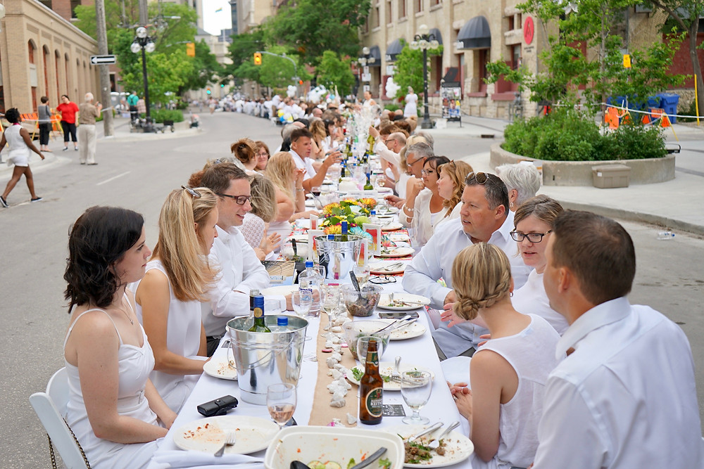 Winnipeg Diner en blanc Event