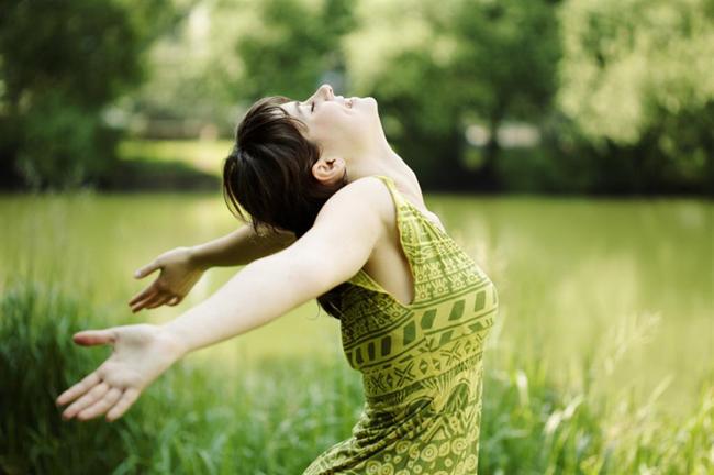 Aromathérapie-le-pouvoir-guérisseur-de-la-nature-pour-un-bien-être-holistique