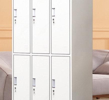 Large 6 door locker