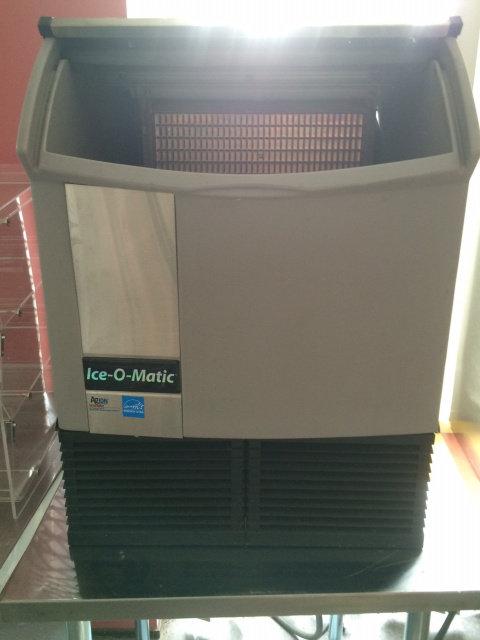 ICEOMATIC 251 LB ICE MACHINE - UNDERCOUNTER
