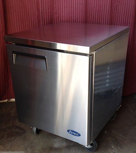 1 DOOR UNDERCOUNTER FREEZER