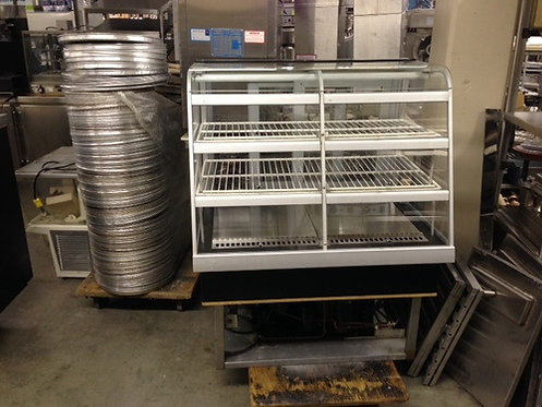 QBD REFRIGERATED DISPLAY CASE