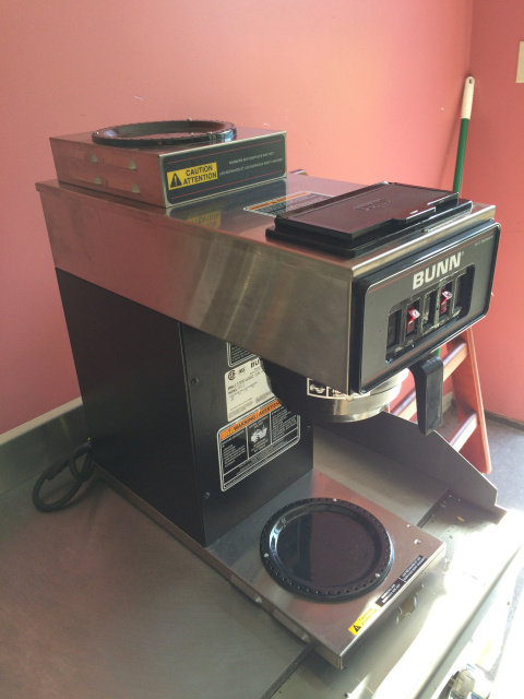 BUNN POUR OVER COFFEE MACHINE - DEMO MODEL NEAR NEW - SEE VIDEO