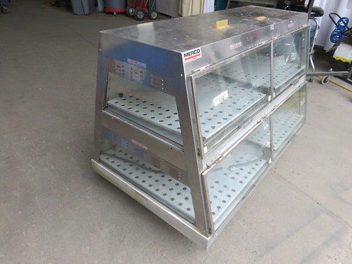 Merco countertop heated reach in display case