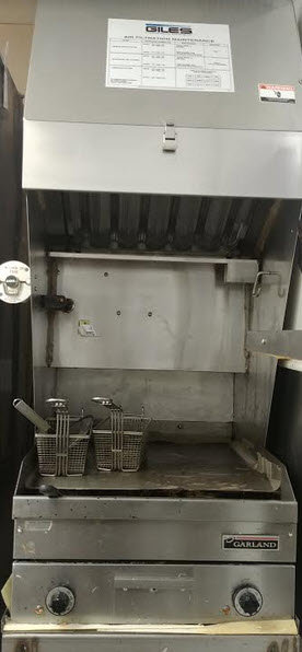 Giles Flat top grill with ventless hood