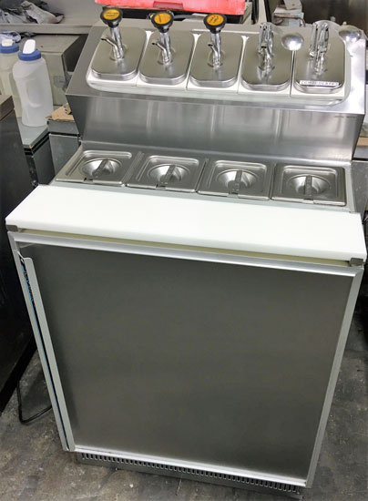 REFRIGERATED FOUNTAINETTE STATION FOR ICE CREAM