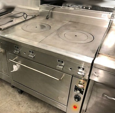 Quest FrenchTop Range with Convection Oven - gas