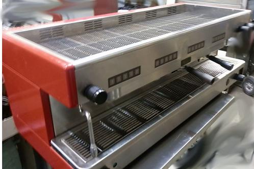 La Cimbali 4  Group Espresso Machine - with tea head
