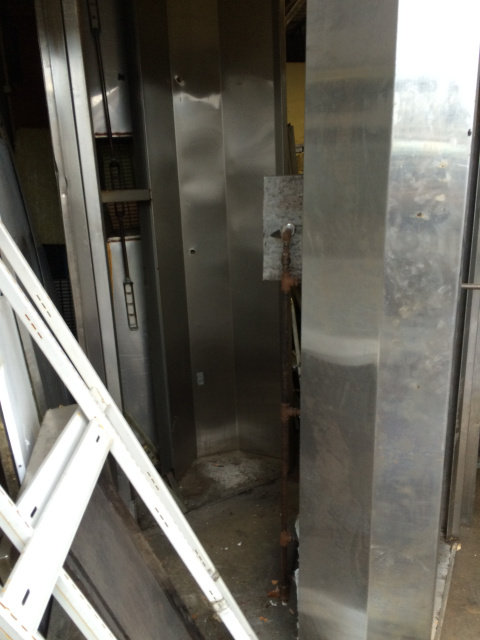 8' Vent hood - grease extraction