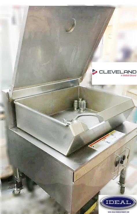 Cleveland tilting steam skillet