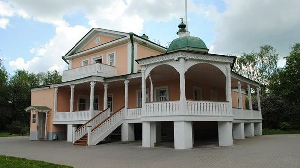 дом-кашиной-музей-поэмы-анна-снегина.jpg