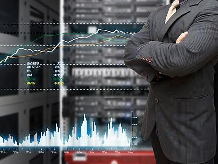 Рост мирового серверного рынка в прошлом году превысил 30%.