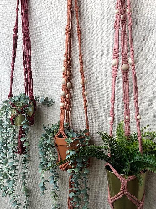 Grande suspension pour plantes (rose blush & cache-pot doré)