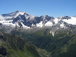 Vallon de Champagny et faces Nord.JPG