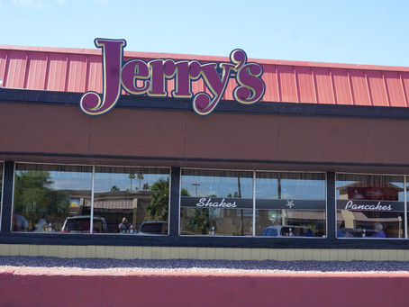 After 53 Years, Jerry's Restaurant Closing in Phoenix