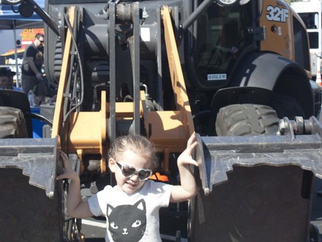 "Kid's Can ""Touch A Truck"" in Glendale this Saturday"