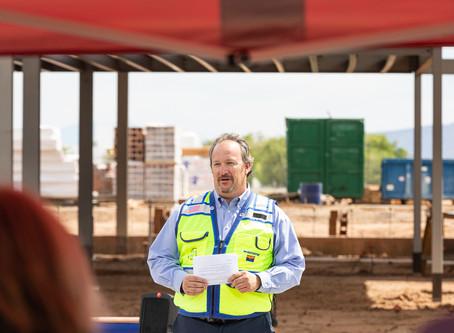Willmeng/Fann joint venture celebrates topping out of new passenger terminal at Prescott Regional Ai