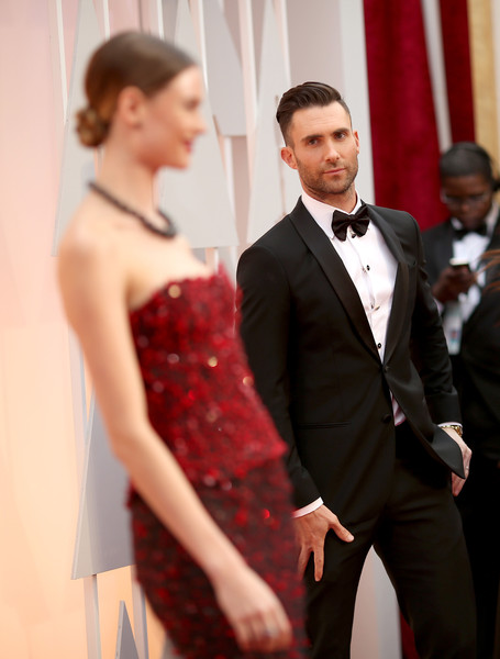 Adam+Levine+Behati+Prinsloo+Arrivals+87th+T2PAa8PDHXal