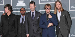 maroon-5-group-600x296