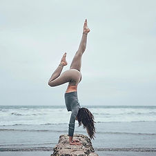 2db3bb7f50080c1d9ea3acb3f851dcfa--yoga-p
