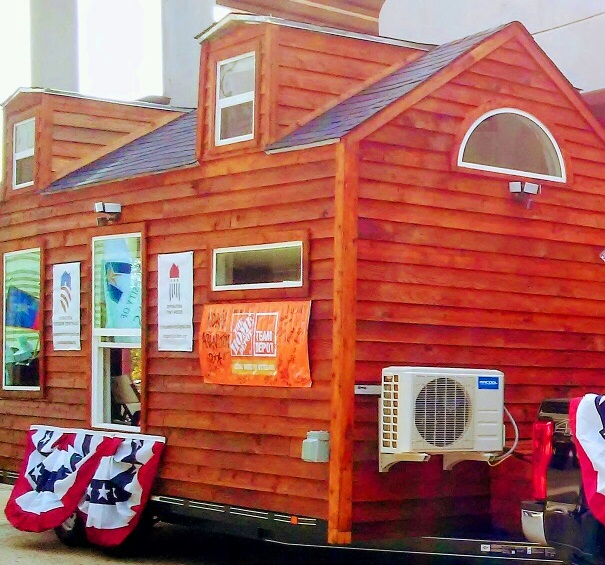 Veteran Tiny House At Parade 2017