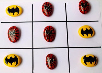 Pebble Work - TICTACTOE - Spiderman & Batman