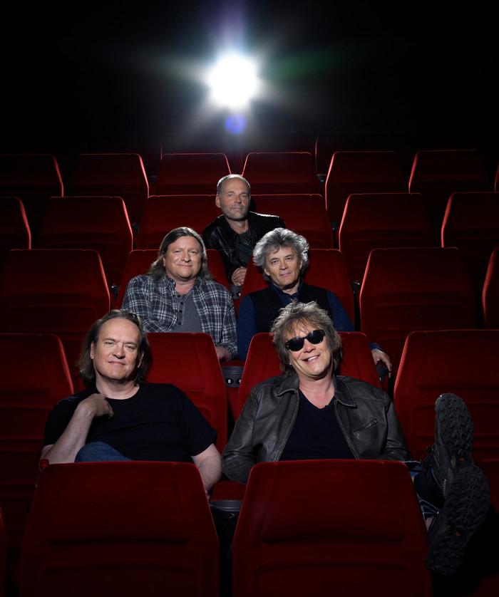 Aito Media kertoo Suomen legendaarisimman rock-yhtyeen tarinan! EPUT-elokuva elokuvateattereissa lop
