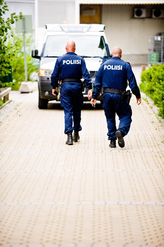 Poliisit - kotihälytys jatkuu uusin jaksoin Nelosella