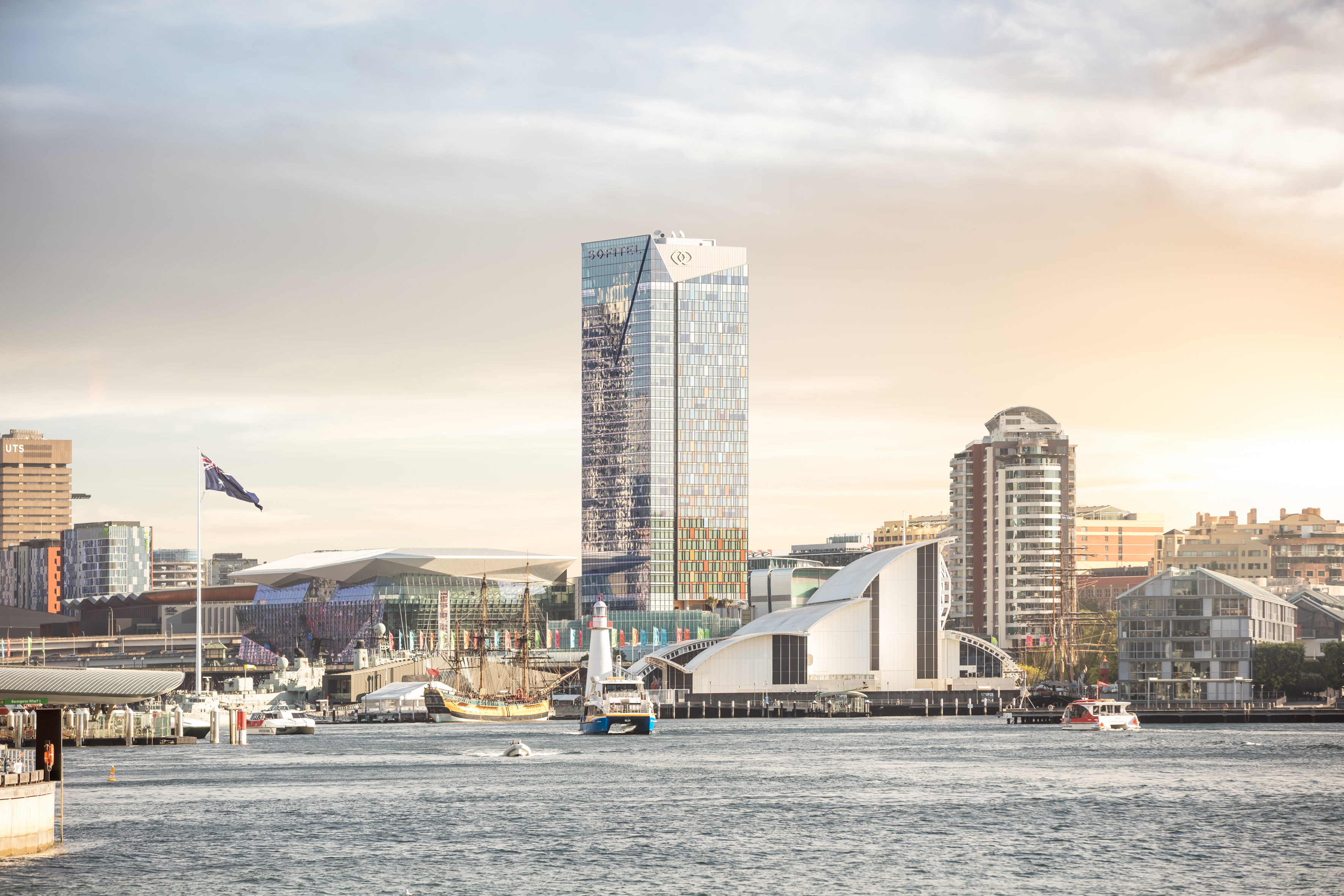 Sofitel Darling Harbour - Edit