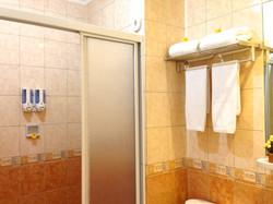 new - bathroom 2
