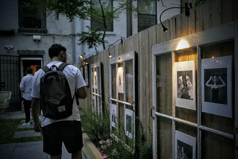 One Room Many Windows. Carlos Henriquez.