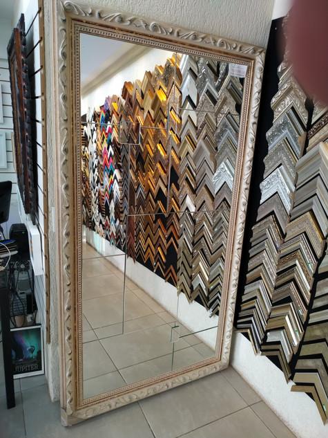 Espelho 2100 X 1110mm com apliques