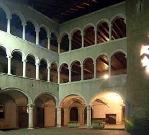 4palazzo-comunale-di-gromo-big_full_1532