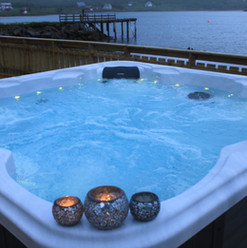 Hot tub with seaview.JPG