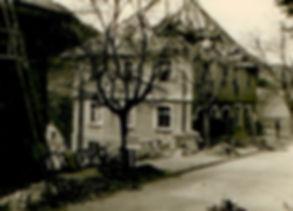 32-1-2-im-bild-spaltenbreite-rechts-9404