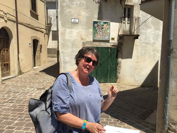 Visit to Tornareccio and its wonderful open air museum of mosiacs