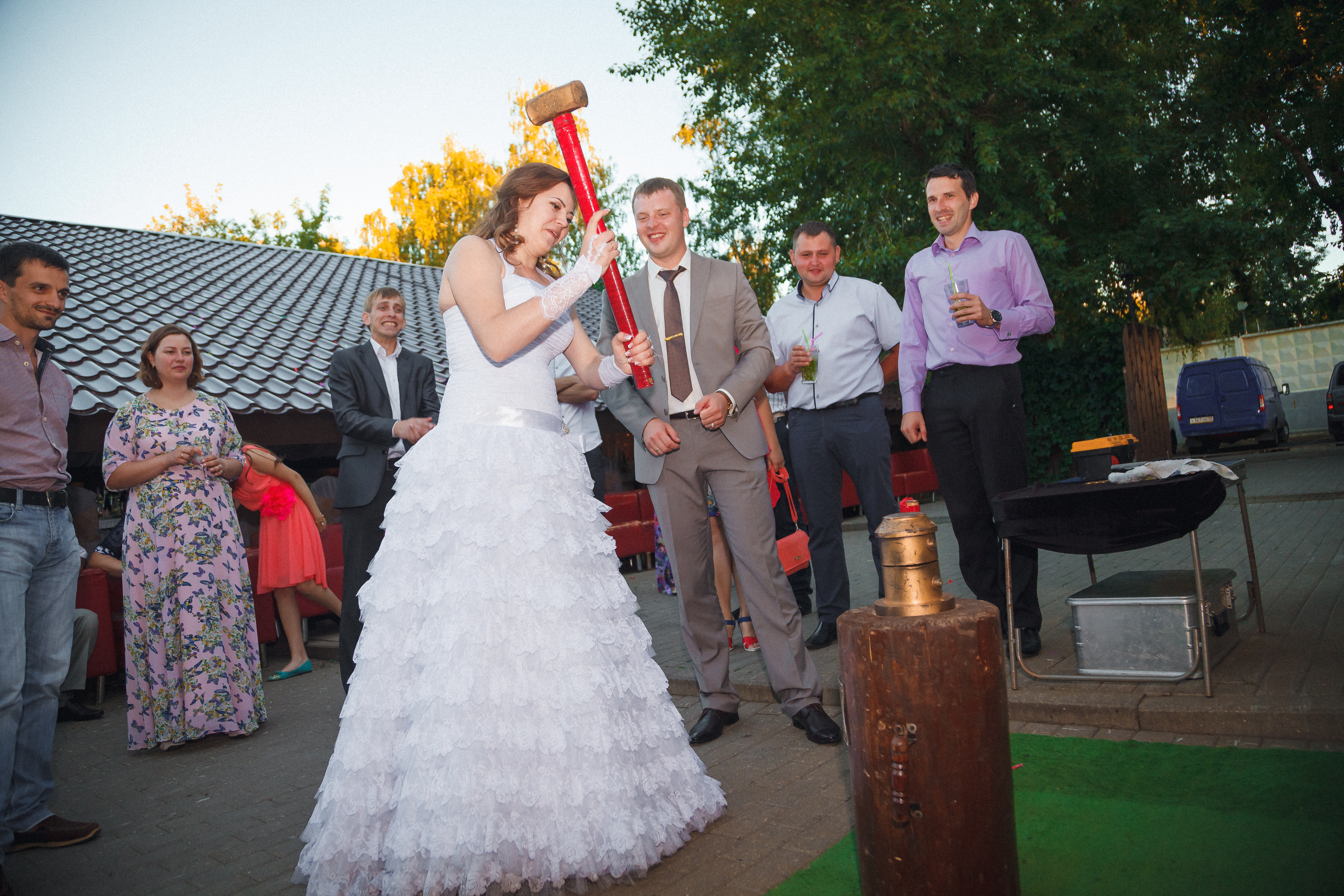 монетный аттракцион на свадьбу