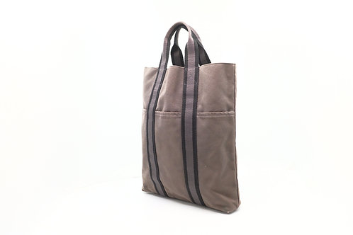 Hermes Fourre Tote Vertical in Gray