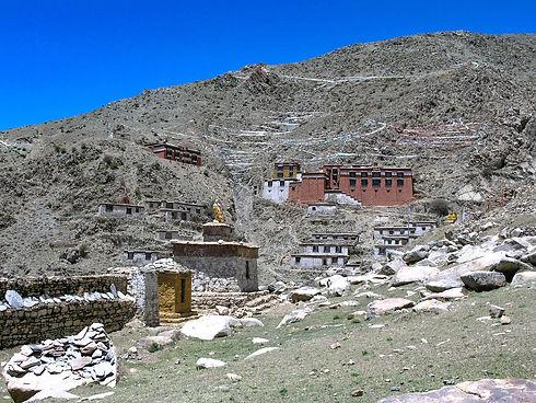 Menri Tibet.jpg