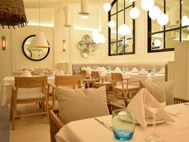 Faro Blanco Restaurante Cozumel Ocejo Deco