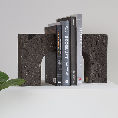 Bookend Acueducto