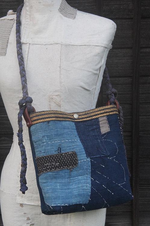 Vintage Japanese sashiko stitched indigo BORO sacoche