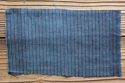 Vintage Japanese indigo dyed stripe plaid fragment
