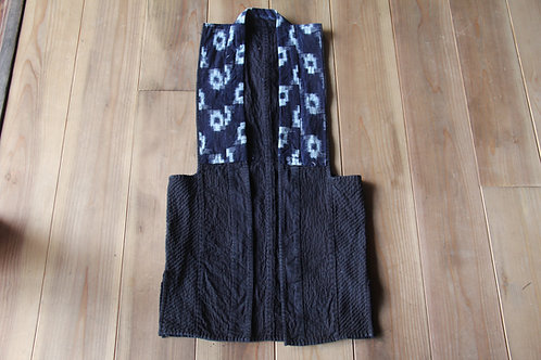 Vintage Japanese indigo dyed Sho-nai sashiko noragi vest