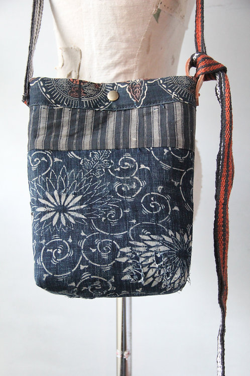 Vintage Japanese sashiko stitched katazome boro mini shoulder bag