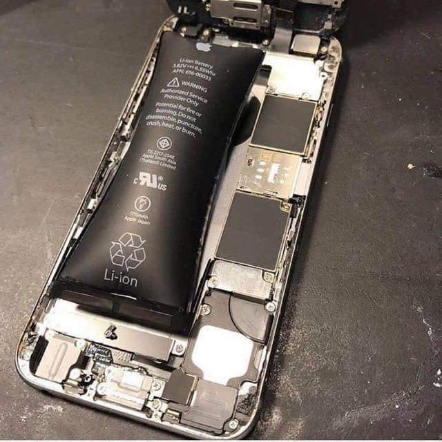 Swollen lithium-ion battery in iPhone